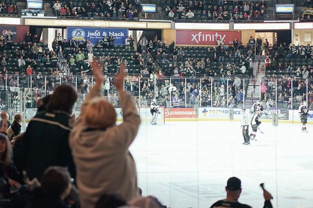 Crowd cheering at Silvertips game